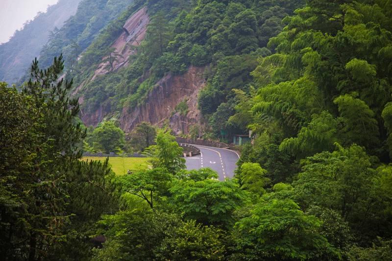 黄山风景区西大门(图片来源于黄山风景区)