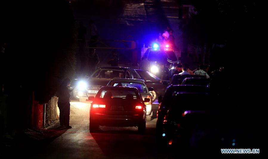 Un mort et deux blessés dans une fusillade à l