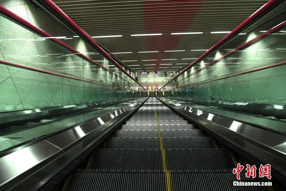 Construction de la station de métro la plus profonde de Chine