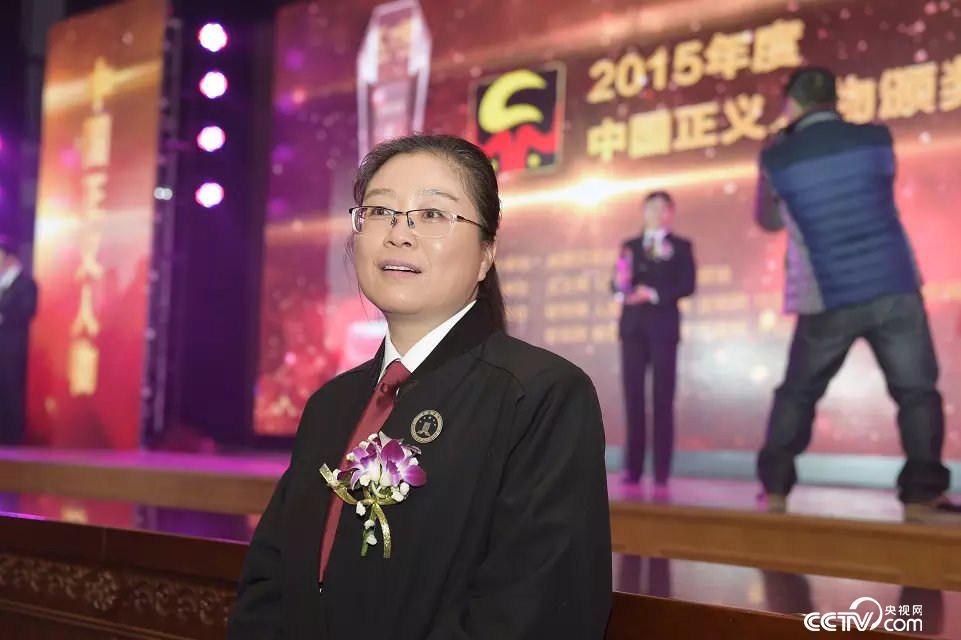 援藏律师陈贤:扎根祖国边疆 点燃法治信仰