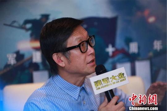 导演刘伟强现身成都采访会。 钟欣 摄