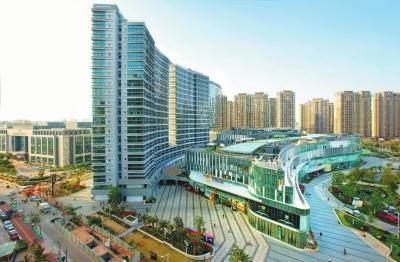 湖里商贸物流业快速发展,图为建发湾悦城。