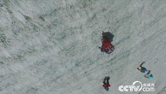征服6200米启孜峰