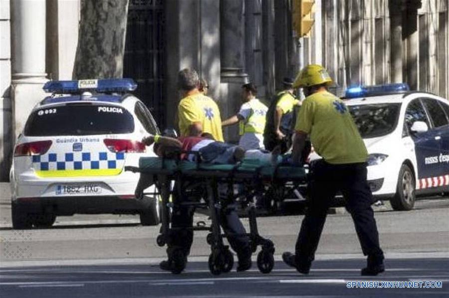Ataque terrorista en Barcelona deja 13 muertos