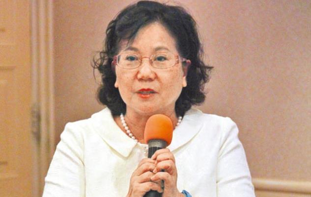 高雄餐旅大学校长林玥秀表示,陆客团赴台少,导游收入也减少。