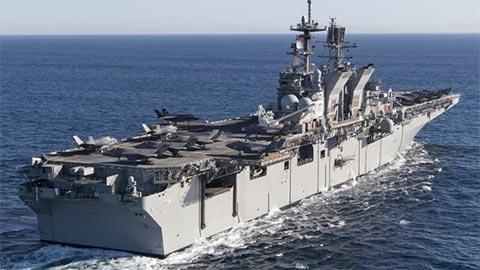 美国号两栖攻击舰