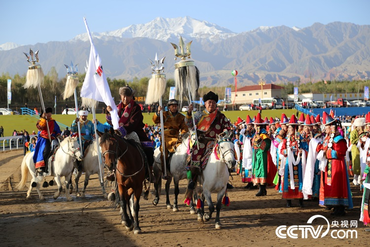 Subei is the only minority autonomous county with the main body of Mongolian nationality. For people here, Nadam is the greatest traditional folk festival of the year.