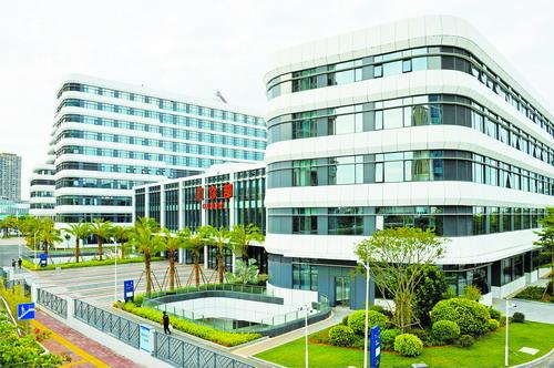 湖里区正建设一批高端医院、辅助医学中学、私人诊所等。图为复旦中山厦门医院。