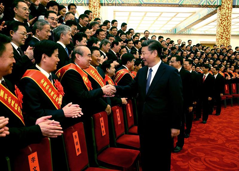 9月19日,全国社会治安综合治理表彰大会在北京人民大会堂举行。会前,习近平、李克强、张高丽等会见与会代表。