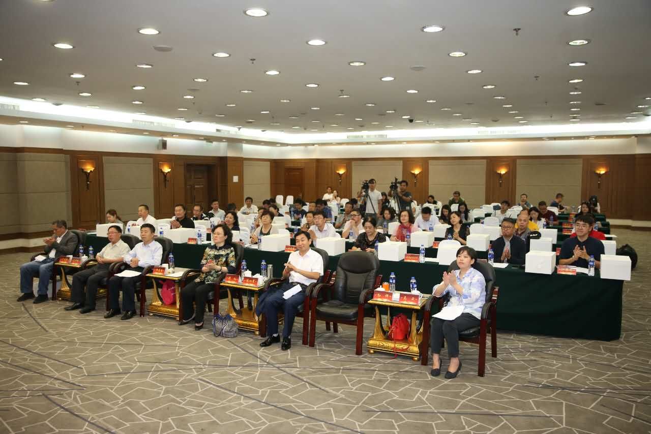 China Intangible Cultural Heritage -Arts and Crafts commonweal program launching ceremony was held on Sept. 21 in Beijing