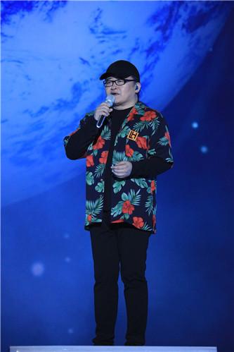 [第二季《中国新歌声》收官 刘欢战队扎西平措获冠军
