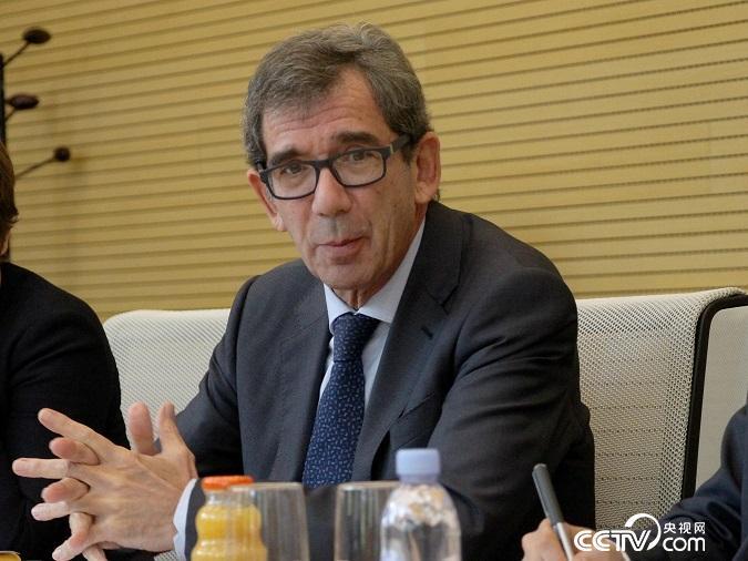 法国驻华大使黎想接受记者采访(齐琛冏/摄)