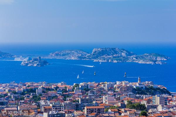 法国马赛,海港风光。