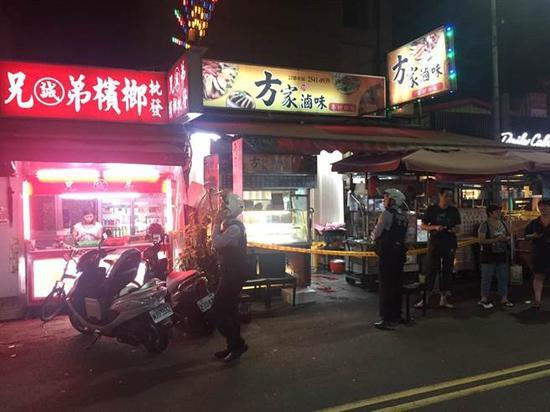 警方封锁现场采证调查。
