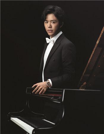 著名钢琴家李云迪