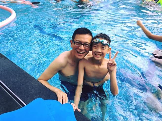 孙大千身为人父,非常关心少儿议题。(图片来源:孙大千脸谱网)
