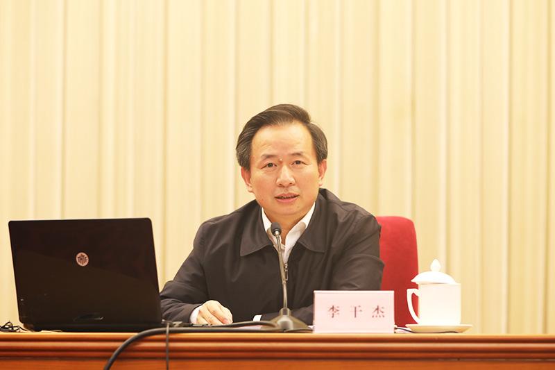 环境保护部党组书记、部长李干杰