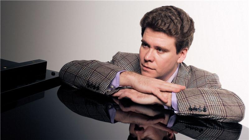 俄罗斯钢琴学派大师丹尼斯·马祖耶夫