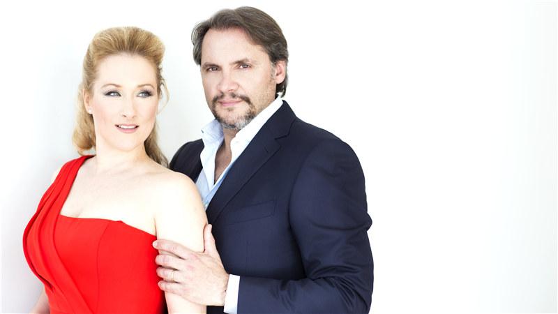 德国女高音戴安娜·达姆娆与丈夫法国低男中音歌唱家尼古拉·泰斯特 Rebecca Fay/摄