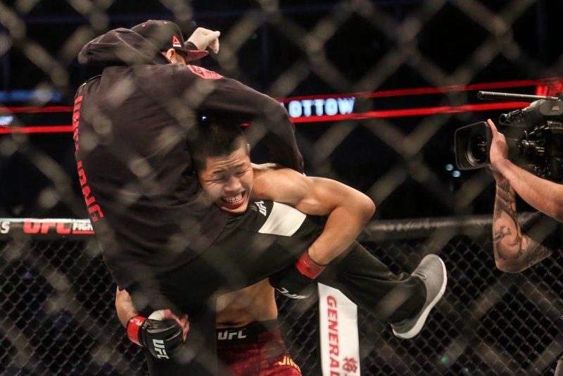 UFC上海赛 李景亮领衔中国力量 本土军团囊获