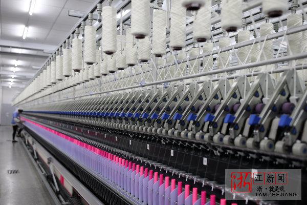 新澳纺织机器换人。