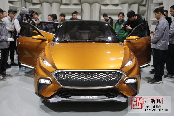 合众新能源汽车发布的新款E-TAKE将于12月4日在本届互联网大会上正式亮相。