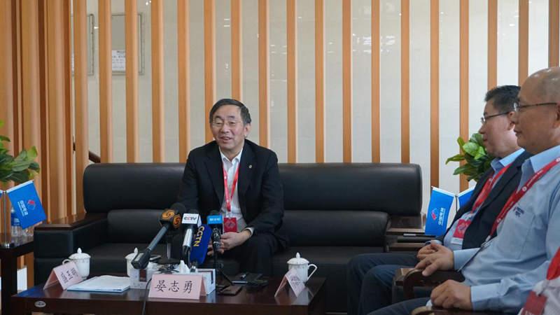 中国白菜送彩金网站大全党委书记、董事长晏志勇接受媒体采访