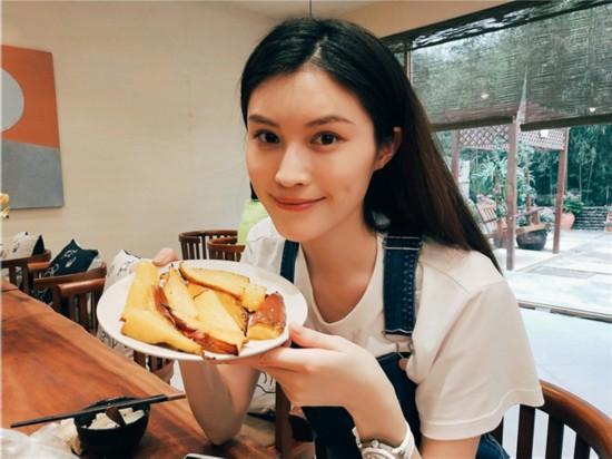 《青春旅社》王源景甜做美食欢乐多 李小璐显身手【5】