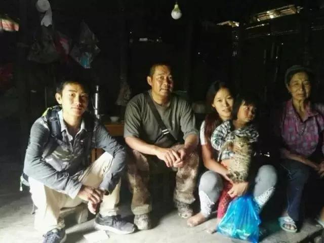 华电云南公司驻村工作队长、驻村第一书记 连伟