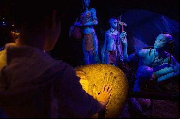 源自詹姆斯卡梅隆系列电影的阿凡达:探索潘朵拉特展 即将在中国深圳开展