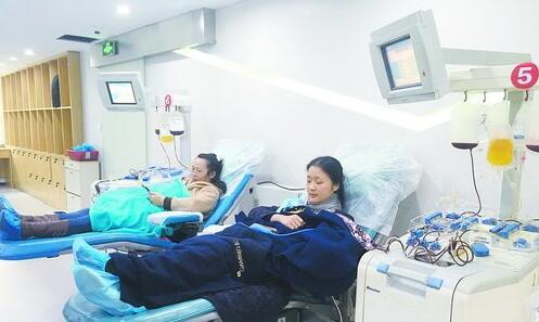 捐献者正接受血小板采集