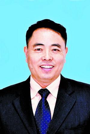 集美大学法学院教授吴贵森