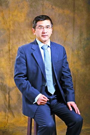 福建省经济法学研究会会长,厦门大学法学院教授肖伟