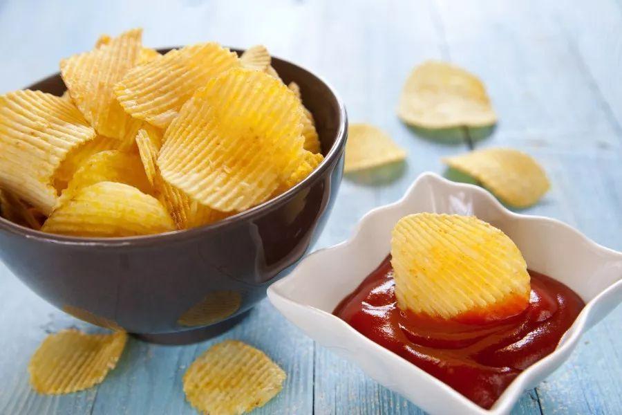 老外选出全球最奇葩的10种薯片,中国区占了3个,你吃过几种?