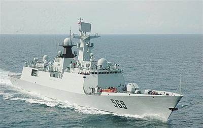 中国海军054A型护卫舰下水 比美濒海战斗舰档次高?