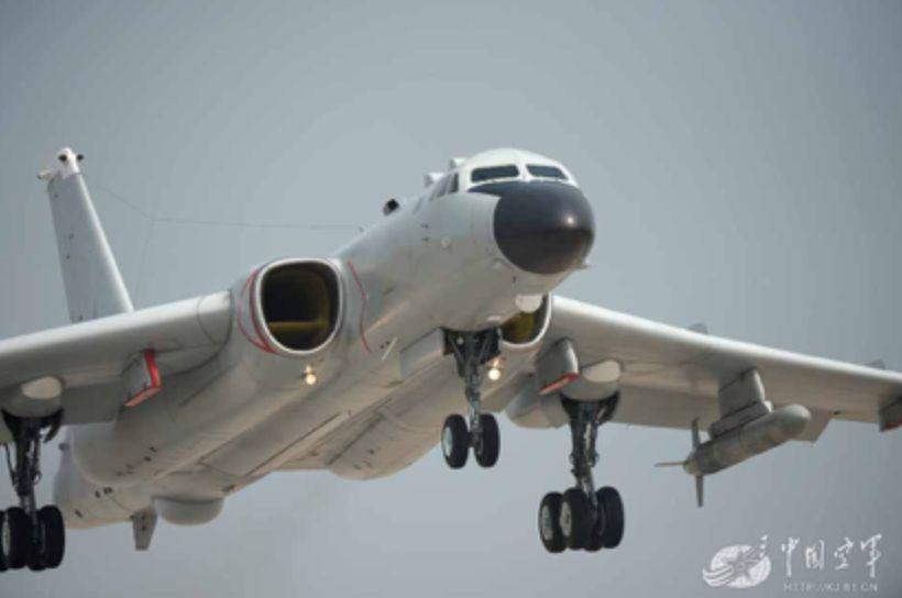 """轰6k能打击谁? 凭什么被称为""""中国的B52"""""""