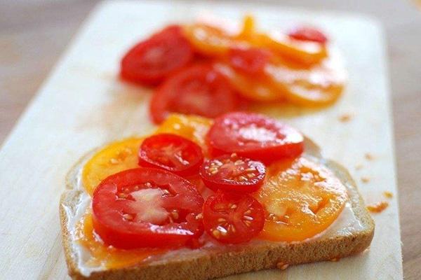 多吃西红柿或助修复吸烟造成的肺损伤
