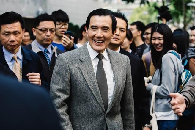 马英九3日曾前往台湾东吴大学城中校区演讲