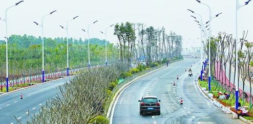 2017年2月28日,新阳大道(霞光桥-新景路段)实现试通车。