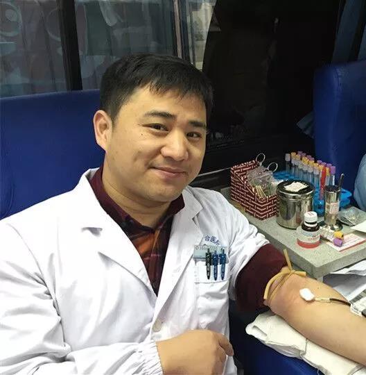 """超声科王玉国医生拥有独特的""""熊猫血"""",曾经自费去外地为急救病人献血"""