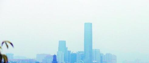 昨日厦门阴天。图为昨日下午杏林湾景观。