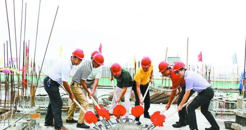 后埔社区组织开发建设社区新发展用地项目,先后建成3幢约10万平方米的酒店公寓和写字楼。