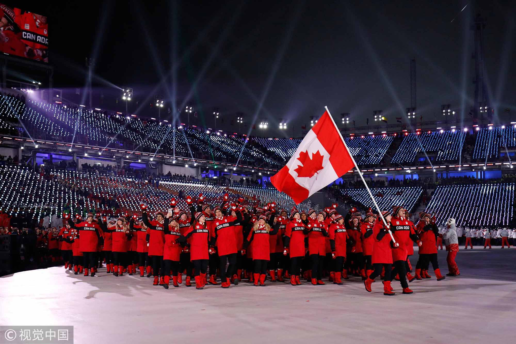 加拿大双人旗手