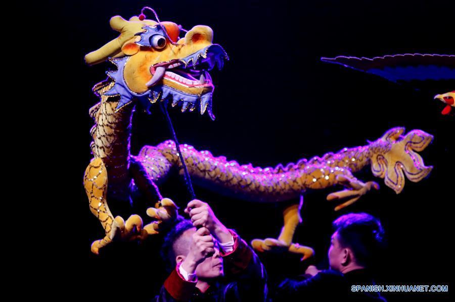 Compañía Artística de Guangzhou celebra Año Nuevo Chino con público mexicano