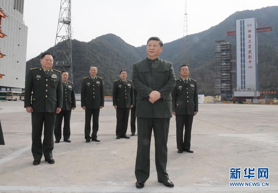习近平向全军和武警官兵民兵预备役人员致以新春祝福