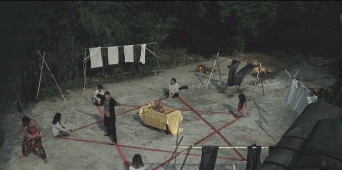 电影《怨灵缠身》剧照4.jpg