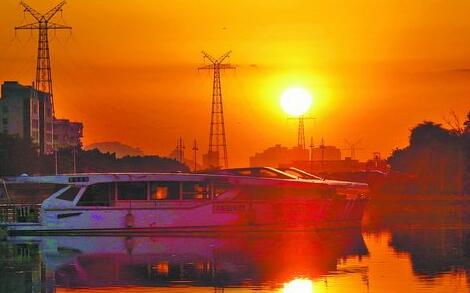 昨日傍晚,筼筜湖夕阳景致迷人