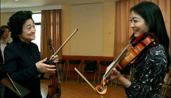 俞丽拿指导日本小提琴演奏家诹访内晶子