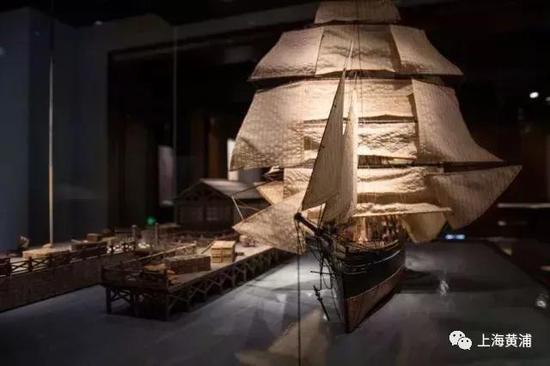 展览以故事线、体验区和互联网为核心,打造一座上海的新概念历史博物馆。