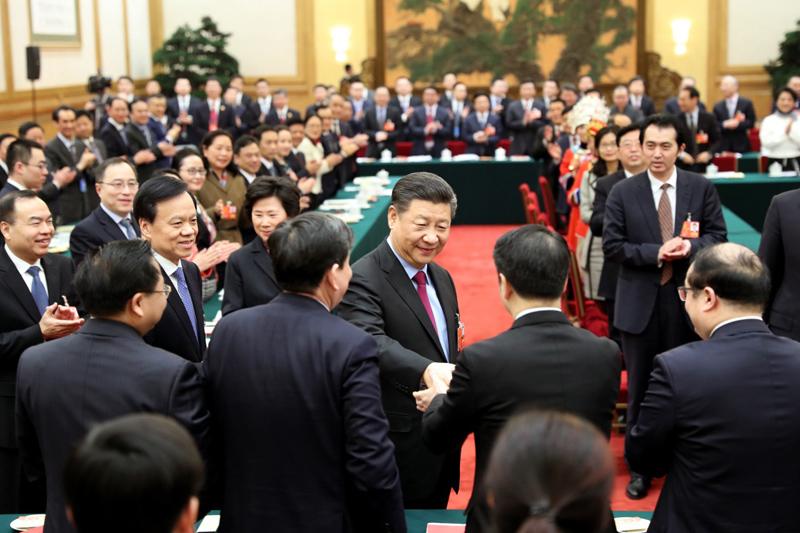 3月10日,习近平参加十三届全国人大一次会议重庆代表团的审议。(图片来源:新华社)